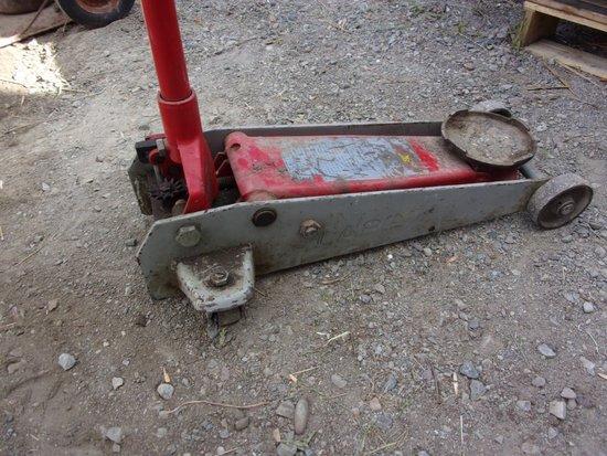 2.25 Ton Hydraulic Floor Jack
