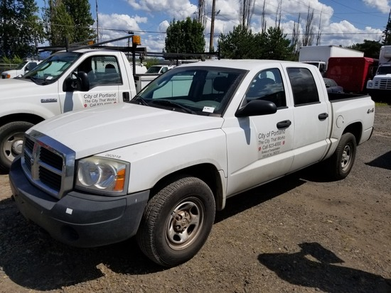 2006 Dodge Dakota 4x4 Crew Cab Pickup
