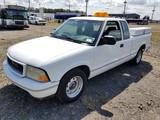 1999 GMC Sonoma SLS Extra Cab Pickup