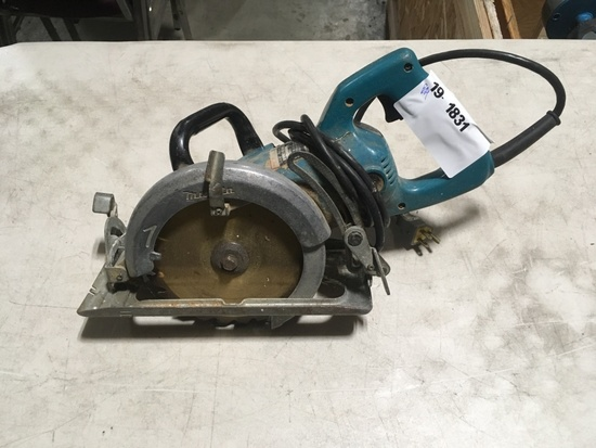 Makita 7-1/4 in Circular Saw