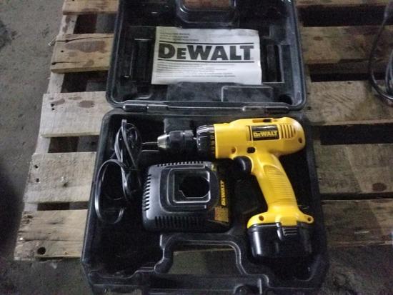 Dewalt 12V Cordless Drill