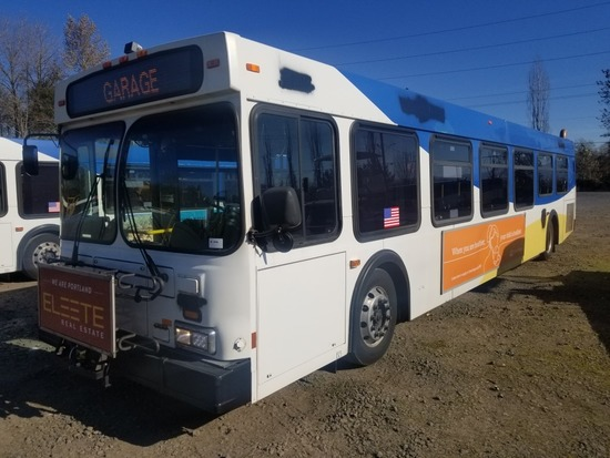 2002 New Flyer D40LF Transit Bus