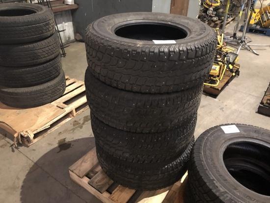 Radial Wintercat SST 265/70R17 Tires