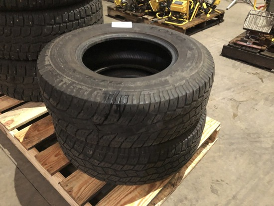 Toyo Open Country A/T 30x9.5R15 Tires