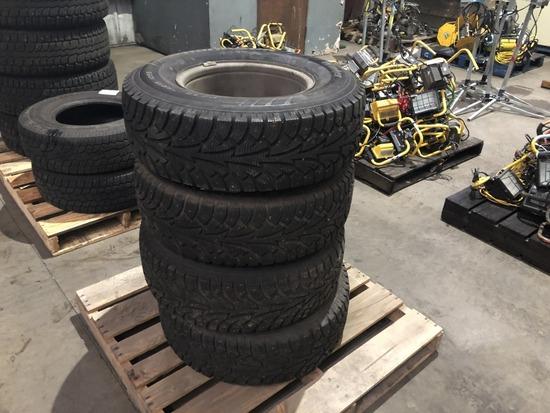 Hankook Winter Pike P235/75R15 Tires