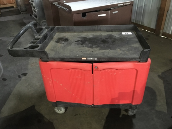 Rubbermaid Trademaster Rolling Chest