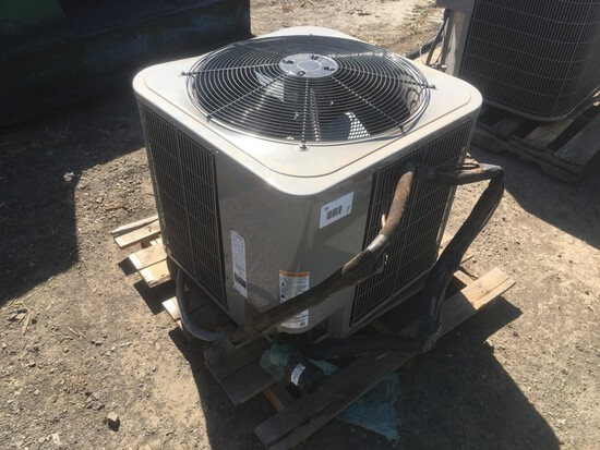 Bryant 214DNA036-B Air Conditioner