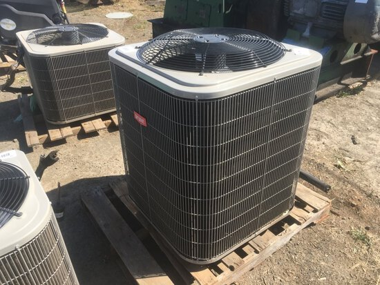 Bryant 214DNA042-A Air Conditioner