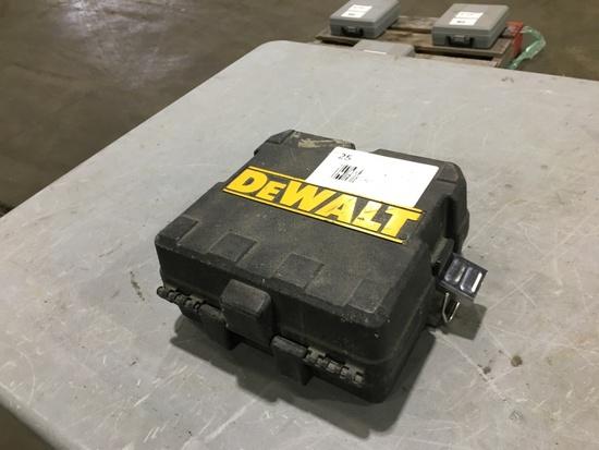 Dewalt DWD822 Cross Line Laser