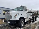 1993 Autocar ACL64B T/A Crane Truck