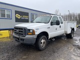 2005 Ford F350 4x4 Extra Cab Utility Truck