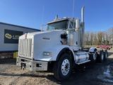 2013 Kenworth T800 Tri-Axle Truck Tractor