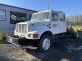 2001 International 4700 Crew Cab S/A Cab & Chassis