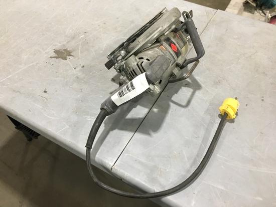 Skilsaw SPT77W Circular Saw