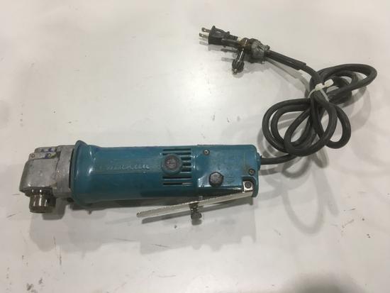 Makita DA3000R Right Angle Drill