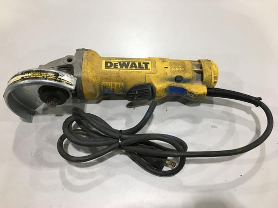 DeWalt DWE402 Angle Grinder