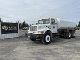 1995 International 4900 T/A Water Truck