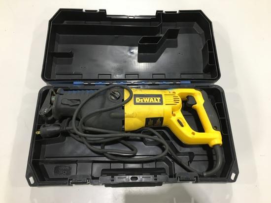 DeWalt DW311 VS Reciprocating Saw