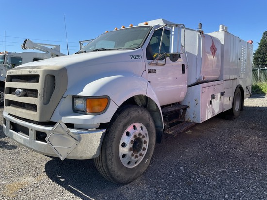2006 Ford F650 Fuel & Lube Truck