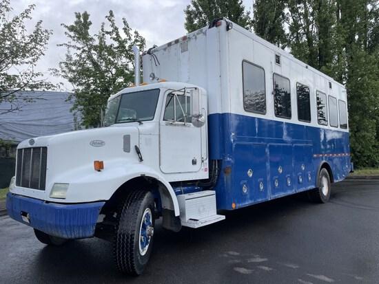 1999 Peterbilt 330 S/A Mobile Office Truck
