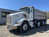 1999 Kenworth T800B Tri-Axle Dump Truck