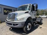 2012 International 4400 Dura Star S/A Truck Tracto