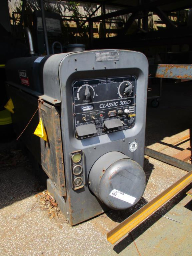 Lincoln Electric Welder Classic 300D, Engine Drive