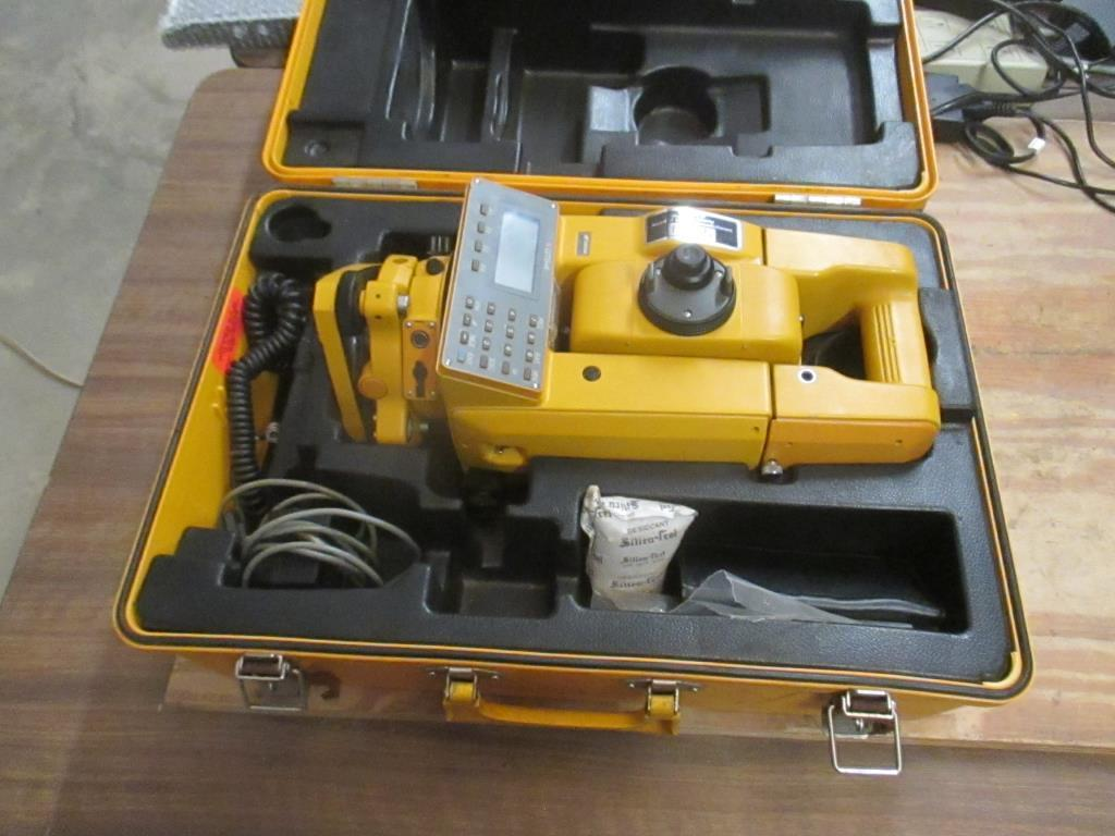 Topcon GTS-4 Electronic Total System