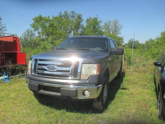2010 Ford F-150 FX4 SuperCab 6.5-ft Bed 4