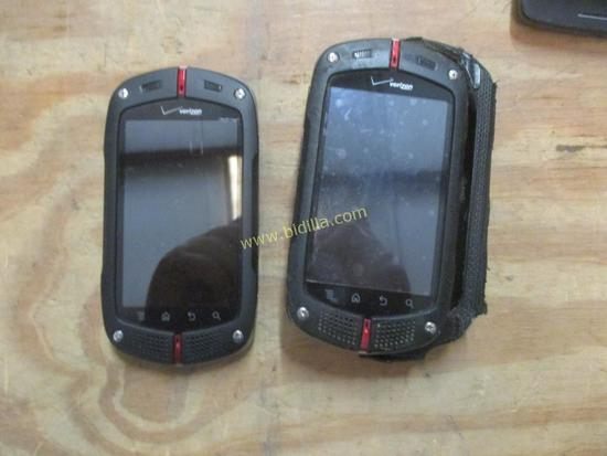 (2) Casio gz One Cell Phones