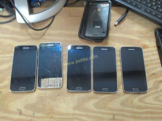 (5) Samsung Galaxy S5 Smart Phones