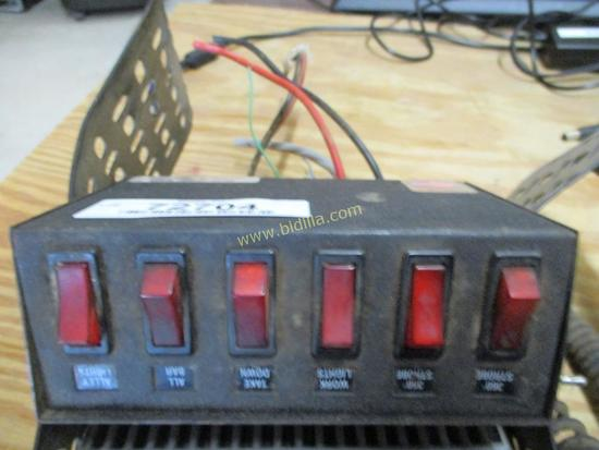 Whelen Power Control Center PCC-6R.