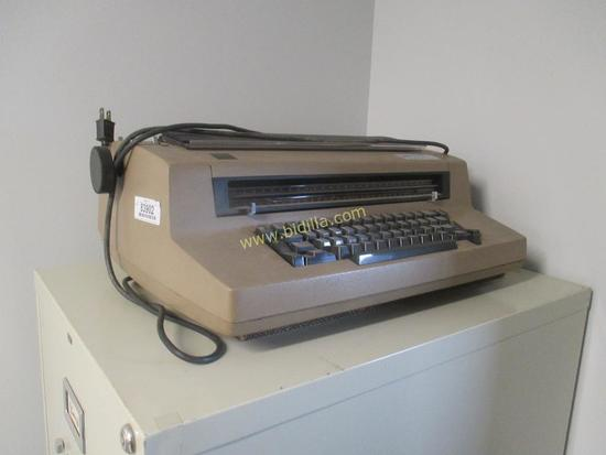 IBM Correcting Electric III Typewriter