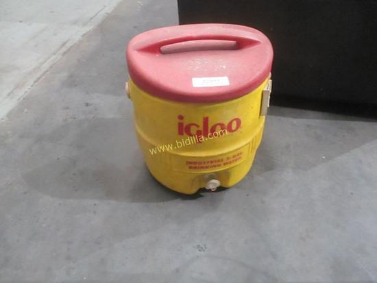Igloo Cooler 10 Gallons