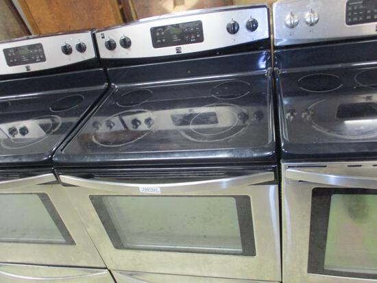 Kenmore Ceramic Top 4 Burner Oven.