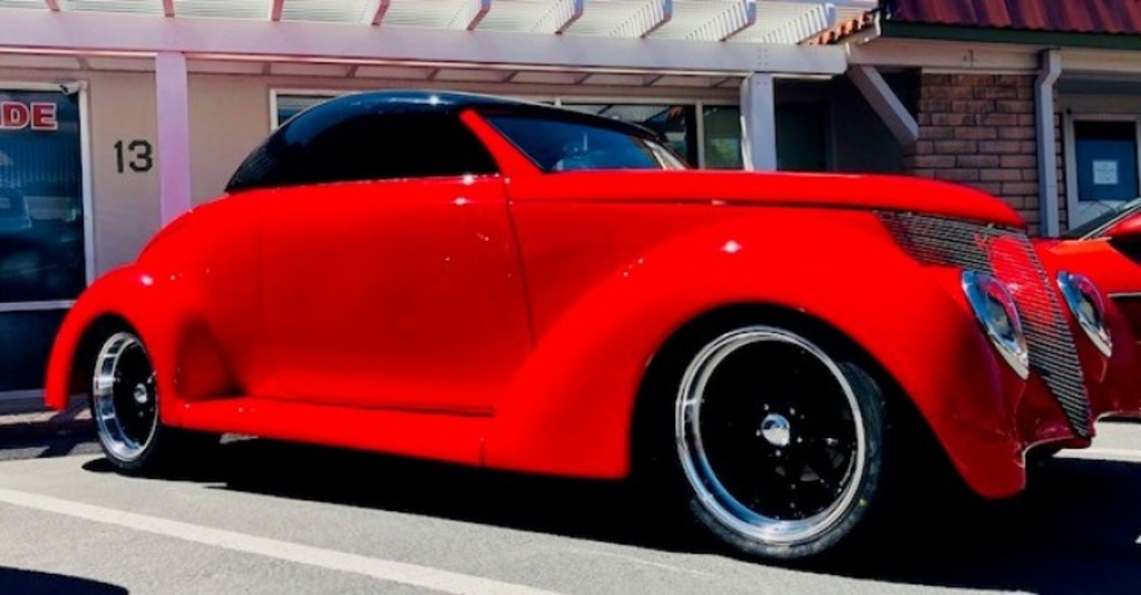 1939 Ford Convertible Street