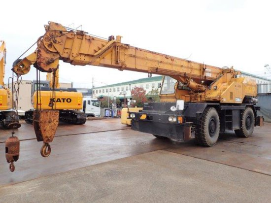 1987 Kobelco RK250 Crane | Heavy Construction Equipment