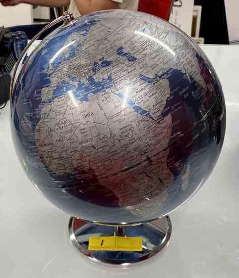 Globe                                                                            R1