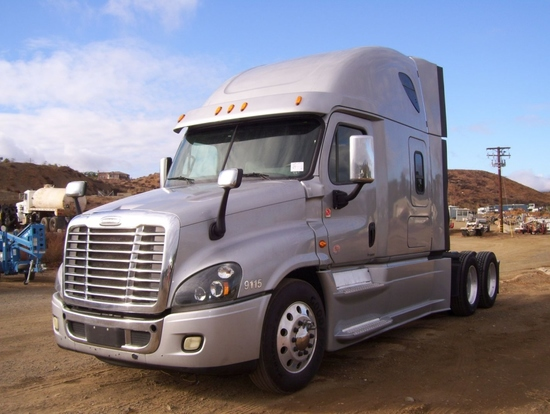 2015 Freightliner Cascadia Evo    Auctions Online | Proxibid