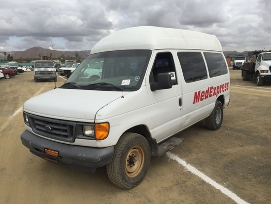 6 Passenger Vehicles >> Ford E250 6 Passenger Van Vehicles Marine Aviation