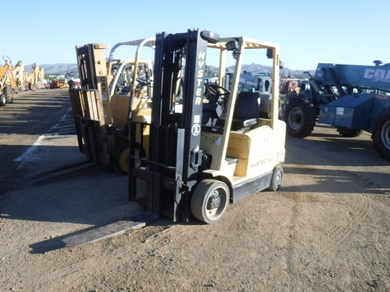 Hyster 540XM Industrial Forklift,