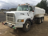 Ford L9000 4000 Gallon Water Truck,