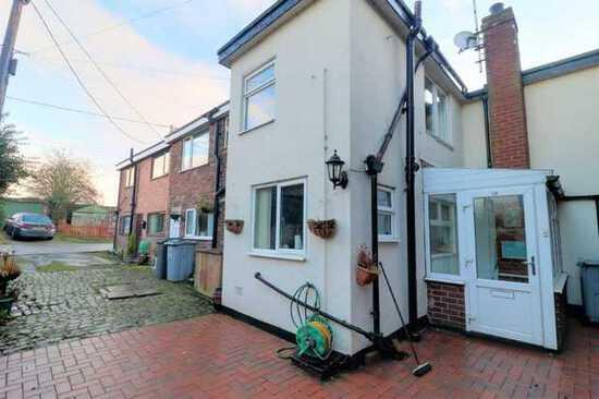 Little Moss Lane, Scholar Green, Stoke-on-Trent, Cheshire, ST7 3BP