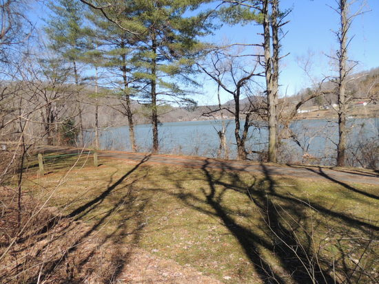 145.82 Acres Overlooking the New River
