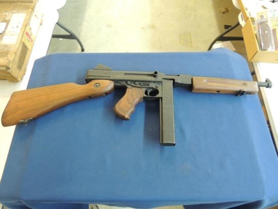 Movie Prop Thompson Sub Machine Gun