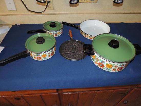 Lot of Mid-Century Modern Cookware