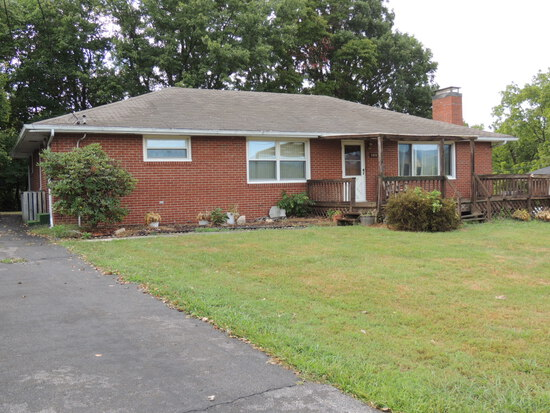 Real Estate Auction – One Level Brick Home