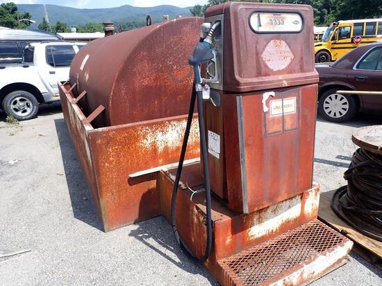1000 Gallon Steel Fuel Tank and Pump