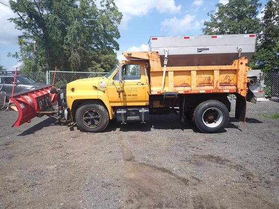 1994 Ford F700 Diesel Snow Removal Dump Truck