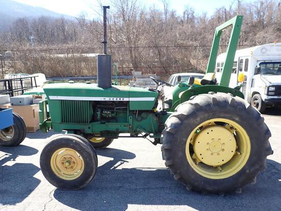 John Deere 830 Farm Tractor